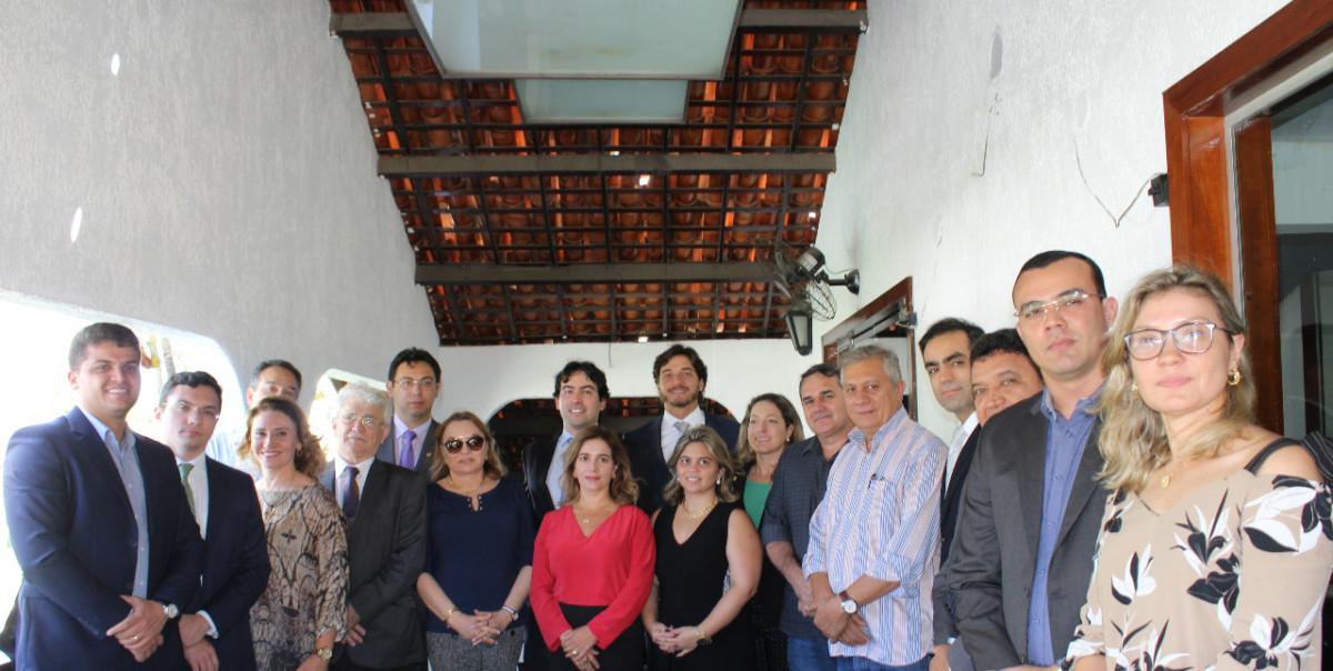 Diretoria e associados da ACMP se reúnem com deputados federais do Ceará